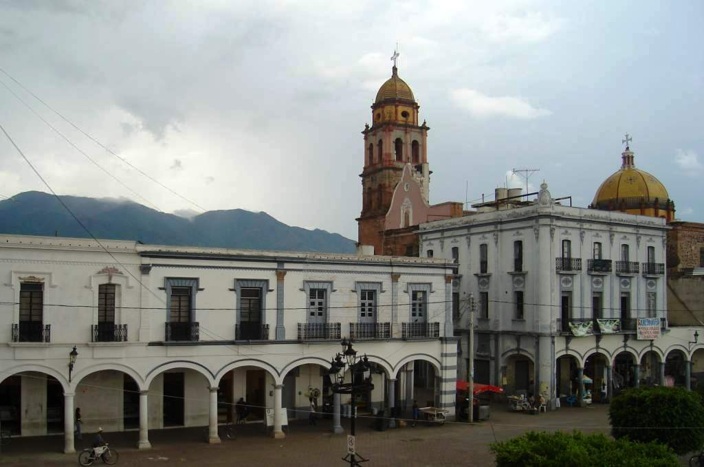 04-02-2011 Ameca