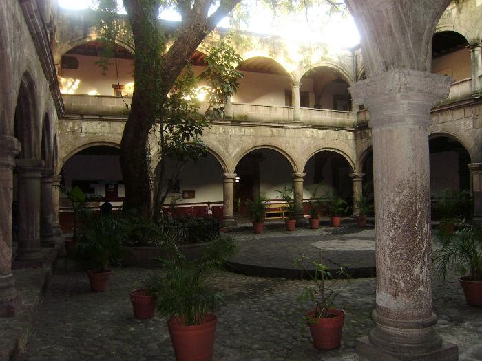 Iglesia_de_los_apóstoles_Felipe_y_Santiago_Azcapotzalco_-_4
