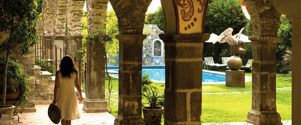 Guanajuato, San Miguel de Allende, Hotel Casa Sierra Nevada, Casa Palma, grounds - Photo by Cassa Sierra Nevada