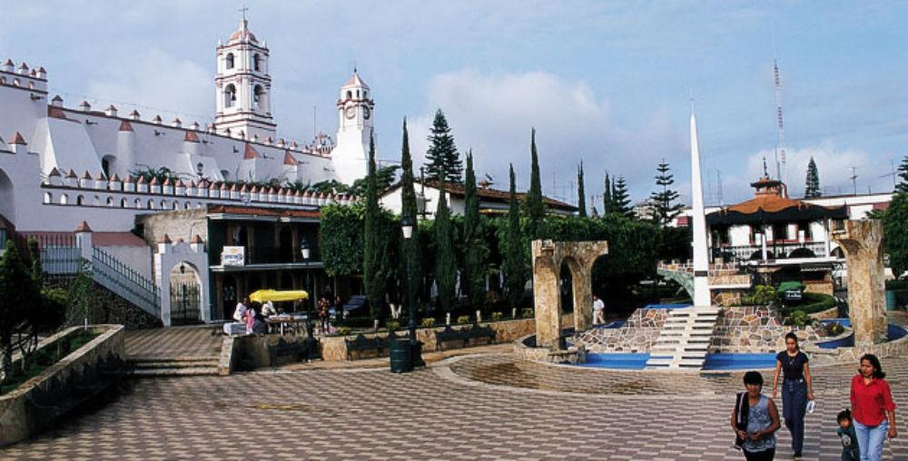 plaza_principal_ixtapan_de_la_sal_estadodemexico