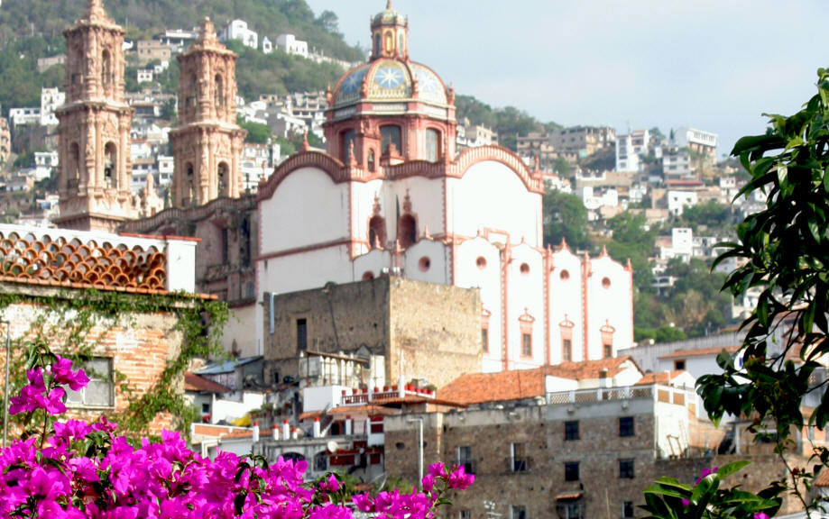 taxco_catedral