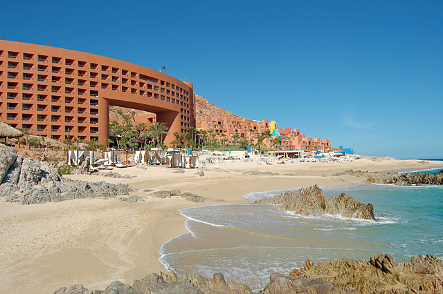 640px-Los_Cabos_Westin_Hotel