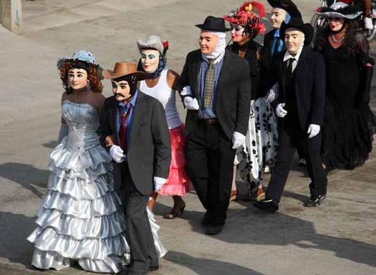 Desfile de carnaval putleco
