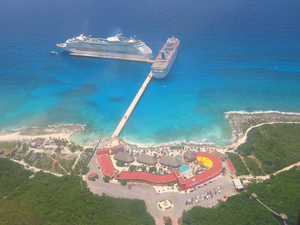 Costa_Maya_Port_below_3