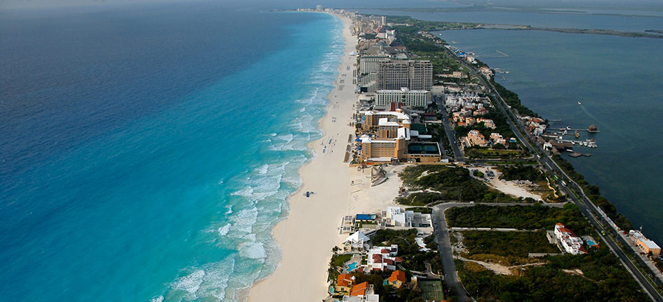 photoEscudo_Cancun_cancunmain1