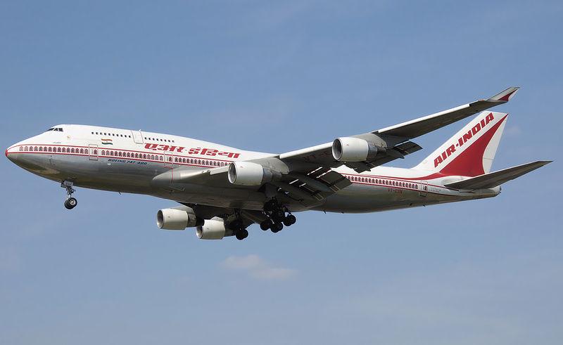 Air_india_b747-400_vt-esn_arp