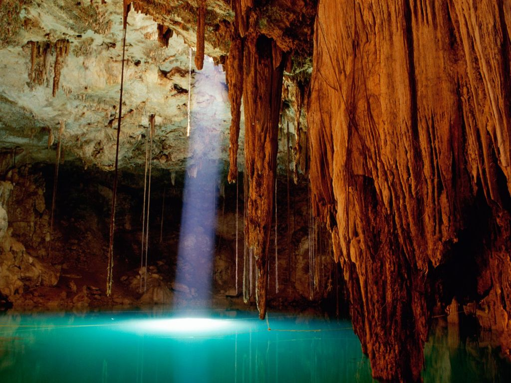 cenote-dziptnut-of-mexico