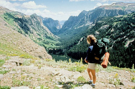 640px-Backpacking_in_Grand_Teton_NP-NPS