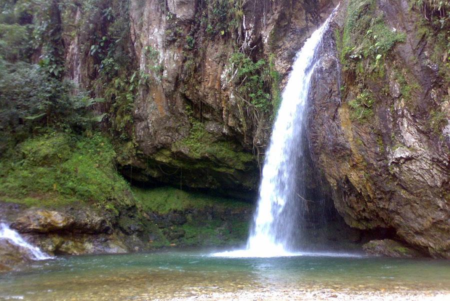 Cascadas-de-San-Andres-Tzicuilan
