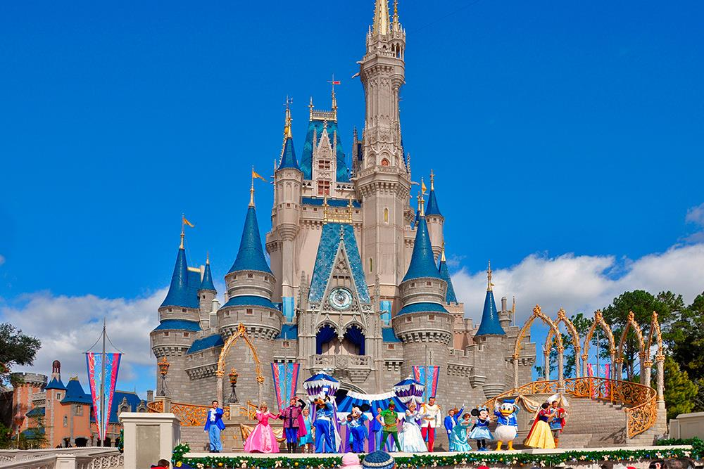 El-Castillo-de-Cencienta-Walt-Disney-World-Resort-Orlando