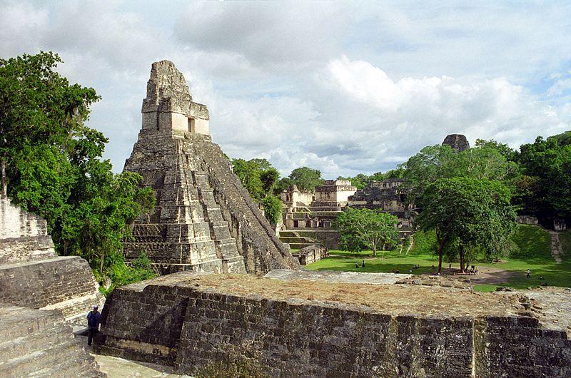 800px-Tikal_Giaguaro